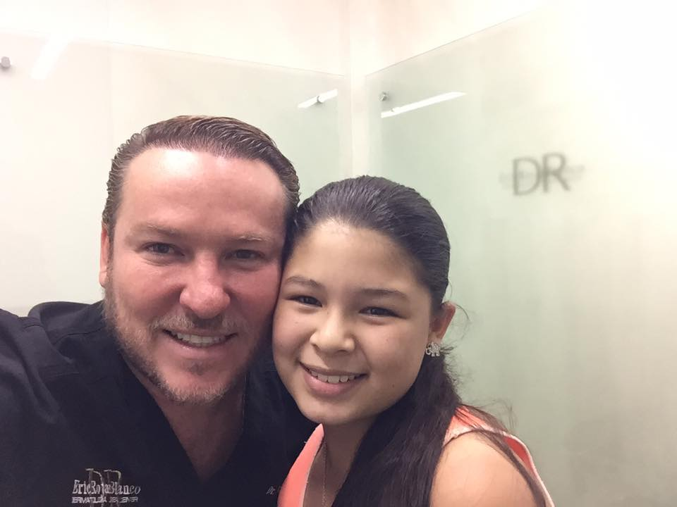 «Hola soy Madisson y estoy con el doctor Eric Rojas que emoción»